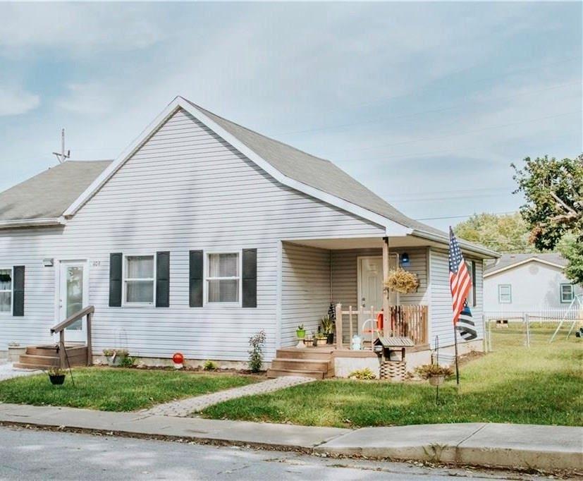 409 North Cherry Street, Martinsville, IN 46151 - #: 21744430