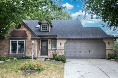 Photo of 7413 TARRAGON Place, Indianapolis, IN 46237 (MLS # 21742433)