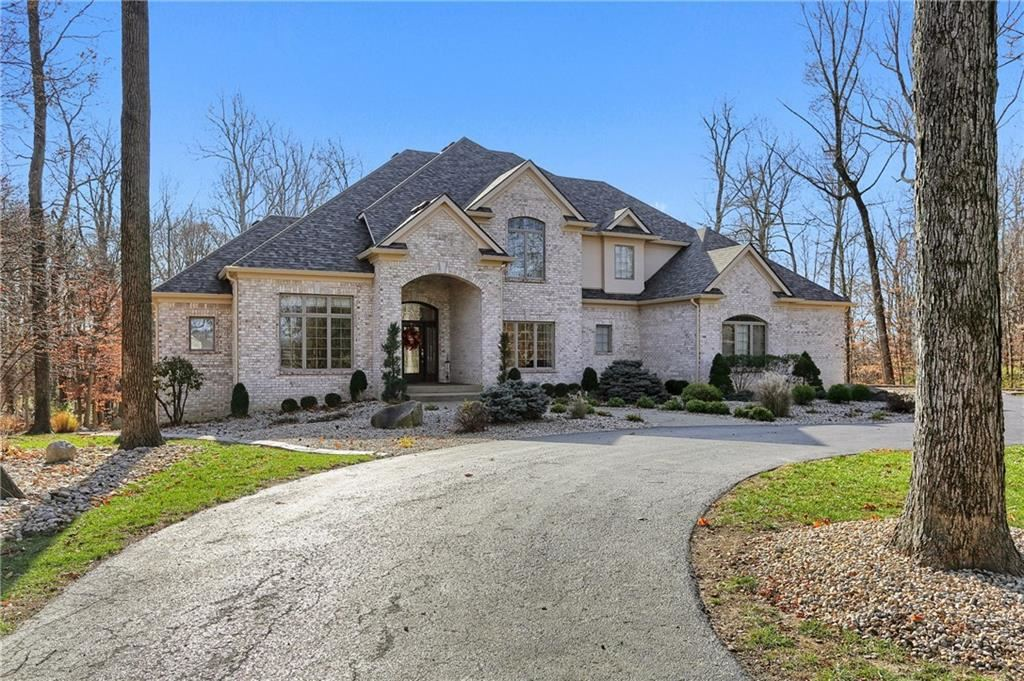 Photo of 4145 Whitetail Woods Drive, Bargersville, IN 46106 (MLS # 21752438)