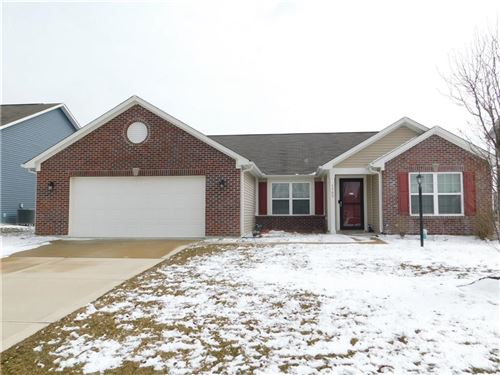 Photo of 1709 North Creekwater Pass, Greenfield, IN 46140 (MLS # 21697439)