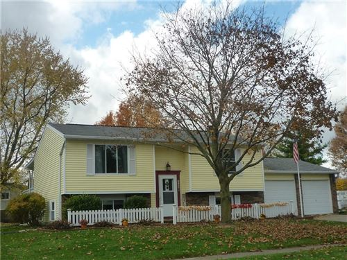 Photo of 1300 Brownswood Drive, Brownsburg, IN 46112 (MLS # 21752440)
