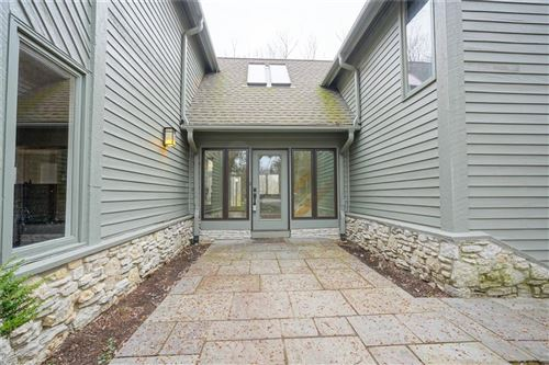 Photo of 7833 TRADERS COVE Lane, Indianapolis, IN 46254 (MLS # 21702443)