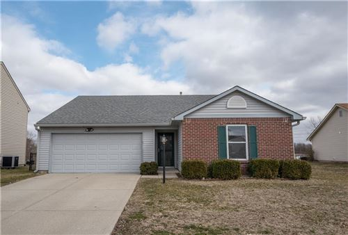 Photo of 859 Treyburn Green Drive, Indianapolis, IN 46239 (MLS # 21696444)