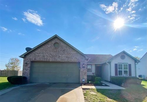 Photo of 1039 CENTRAL PARK S Boulevard, Greenwood, IN 46143 (MLS # 21779449)