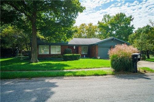 Photo of 8213 Forsythia Circle, Indianapolis, IN 46219 (MLS # 21819455)