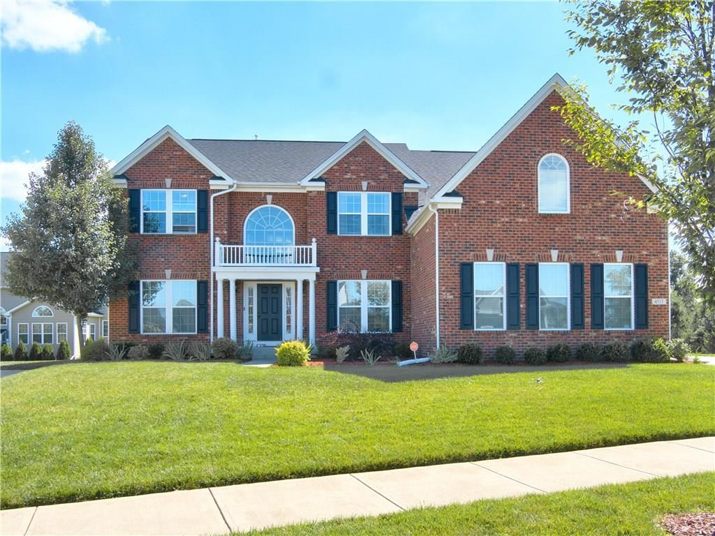 Photo of 4513 Cool Springs Court, Zionsville, IN 46077 (MLS # 21748455)