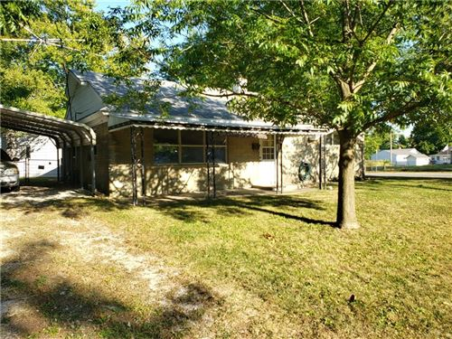Photo of 431 Southgate Drive, Greenwood, IN 46143 (MLS # 21742458)