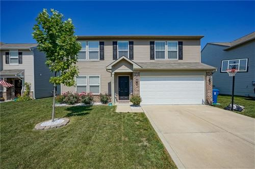 Photo of 8052 Grove Berry Drive, Indianapolis, IN 46239 (MLS # 21690461)
