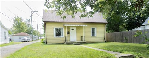 Photo of 517 East 10th Street, Rushville, IN 46173 (MLS # 21730462)