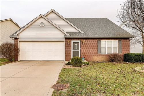 Photo of 14973 OAK Road, Carmel, IN 46033 (MLS # 21684468)