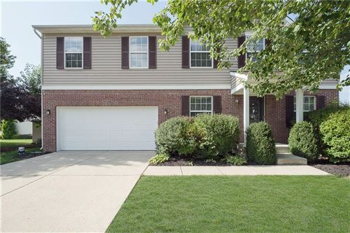 Photo of 10891 Gresham Place, Noblesville, IN 46060 (MLS # 21813468)