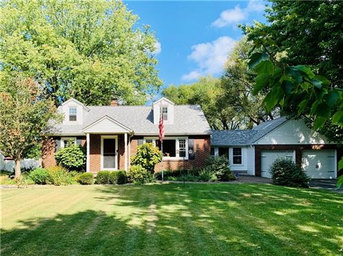Photo of 138 West Roberts Road, Indianapolis, IN 46217 (MLS # 21740475)