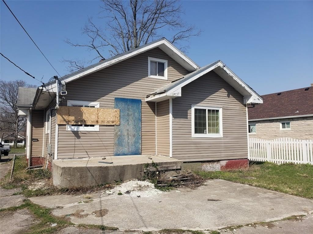Photo of 4425 East 38th Street, Indianapolis, IN 46218 (MLS # 21777475)