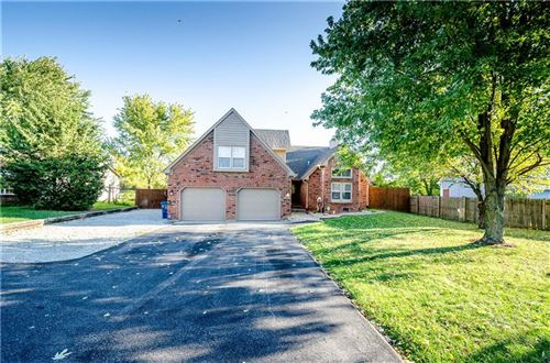 Photo of 7723 Shelbyville, Indianapolis, IN 46259 (MLS # 21676476)