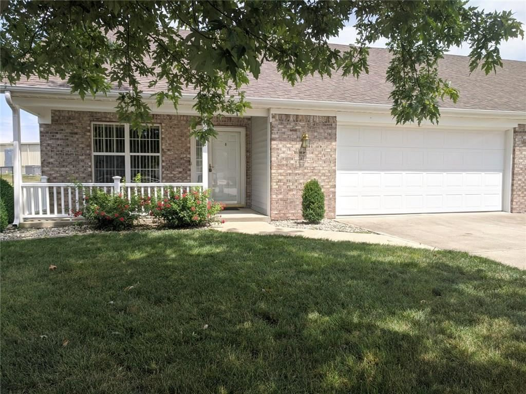 230 North BLUE RIBBON Court, Rushville, IN 46173 - #: 21726477