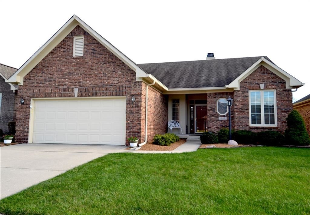 1643 FOXMERE Way, Greenwood, IN 46142 - #: 21703478