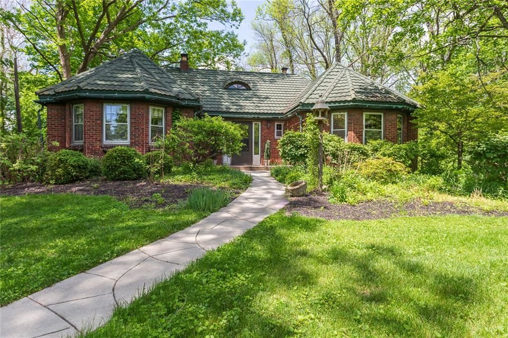 2002 Lick Creek Drive, Indianapolis, IN 46203 - #: 21694479