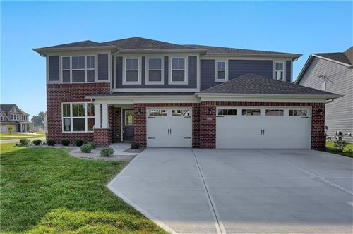 Photo of 582 Ferndale Lane, Avon, IN 46122 (MLS # 21702480)