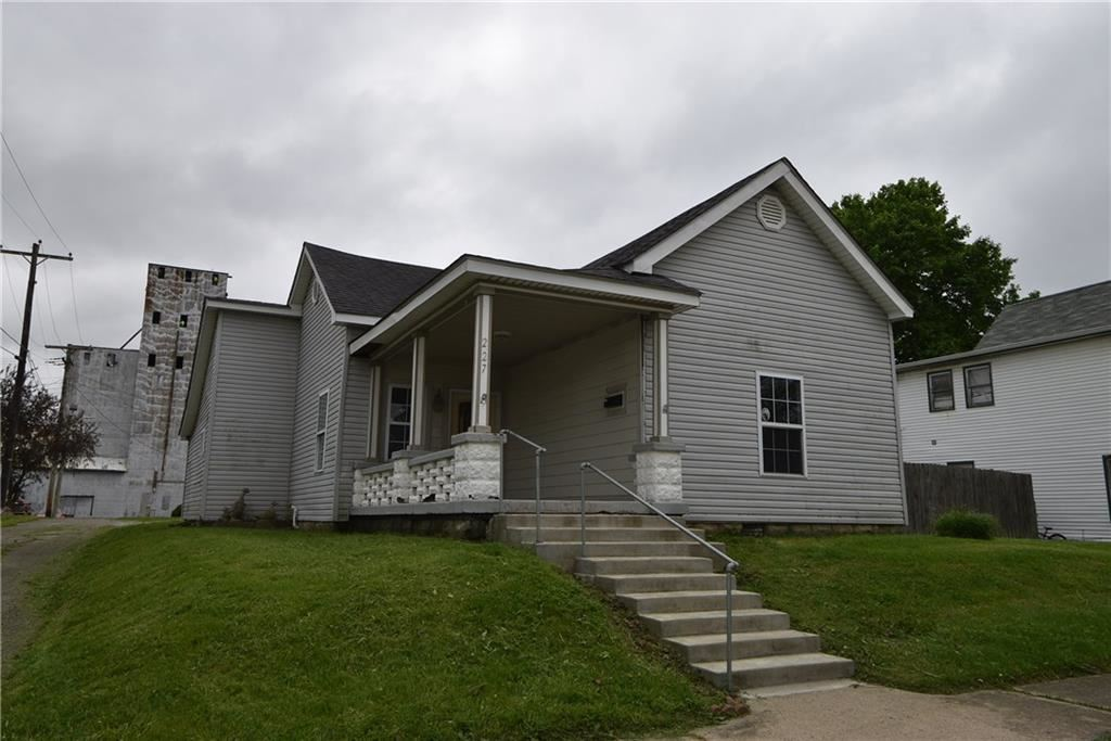 227 West South Street, Greenfield, IN 46140 - #: 21711482