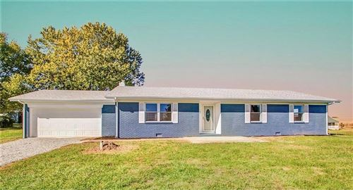 Photo of 6487 South 425 W, Shelbyville, IN 46176 (MLS # 21761489)