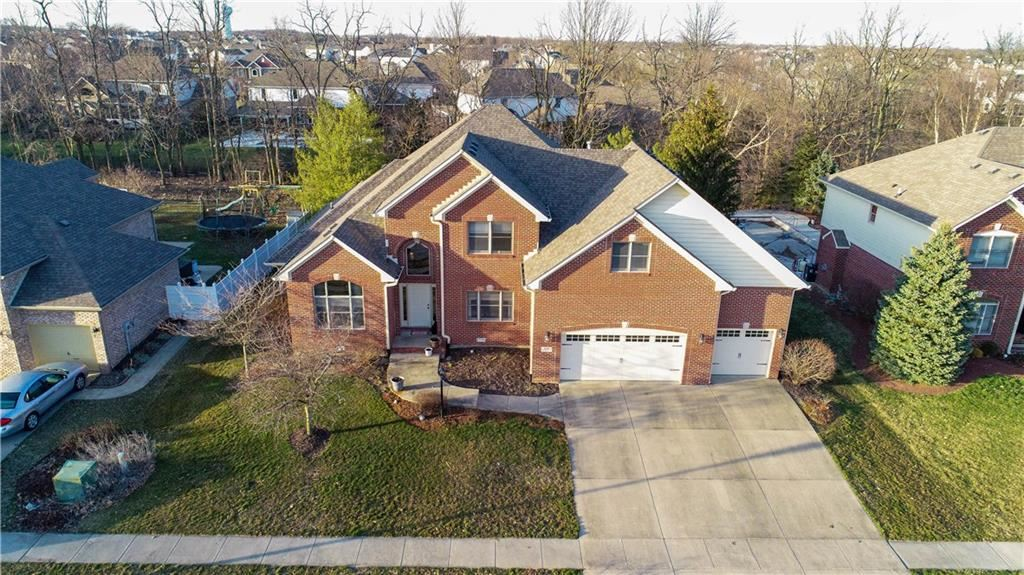 7946 Shady Woods Drive, Indianapolis, IN 46259 - #: 21698494