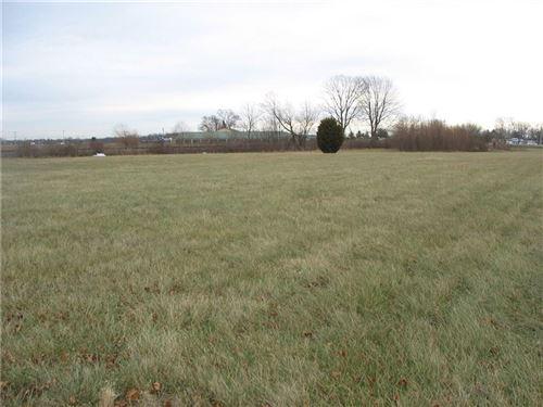 Photo of 1570 East US HWY 136, Brownsburg, IN 46112 (MLS # 21528495)