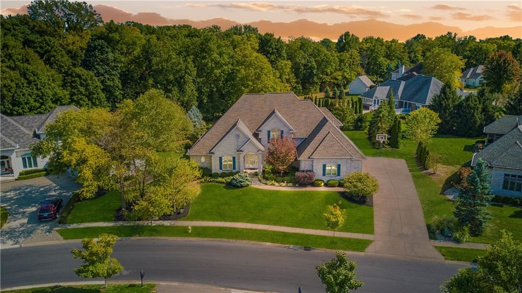 Photo of 2071 Eagle Trace Drive, Greenwood, IN 46143 (MLS # 21740497)