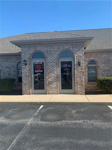 Photo of 67 East Garner Road #300, Brownsburg, IN 46112 (MLS # 21706500)