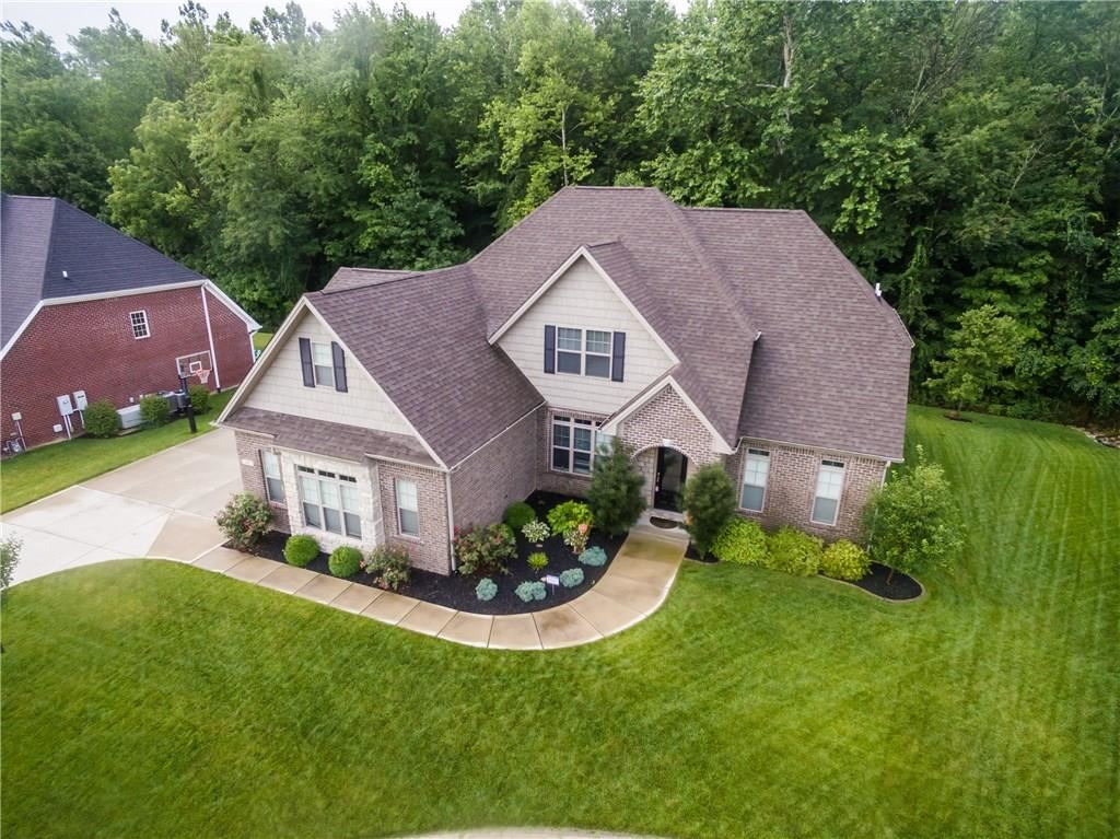 2053 Deer Creek Circle, Columbus, IN 47201 - #: 21724503