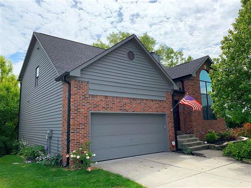 Photo of 31 Chestnut Court, Zionsville, IN 46077 (MLS # 21732504)