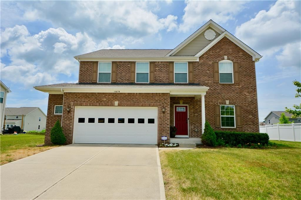 Photo of 10679 LONG BRANCH Drive, Brownsburg, IN 46112 (MLS # 21722504)