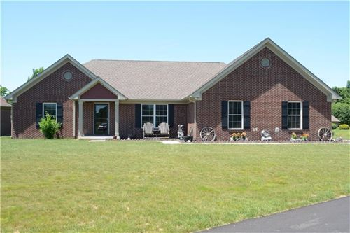 Photo of 1224 Paul Revere Drive, Mooresville, IN 46158 (MLS # 21712505)