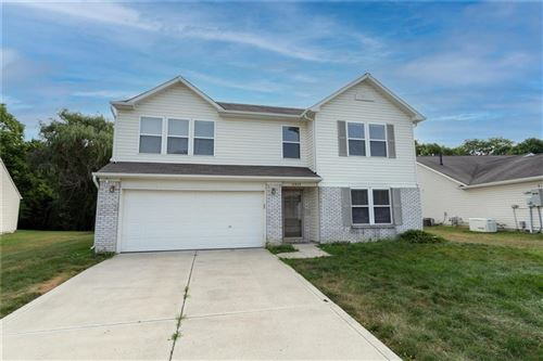 Photo of 10948 Muddy River Road, Indianapolis, IN 46234 (MLS # 21804505)