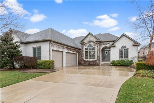 Photo of 2927 Coventry Lane, Greenwood, IN 46143 (MLS # 21694509)