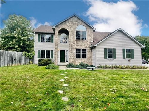 Photo of 3224 S Southern Oaks Court, Bloomington, IN 47401 (MLS # 21821510)
