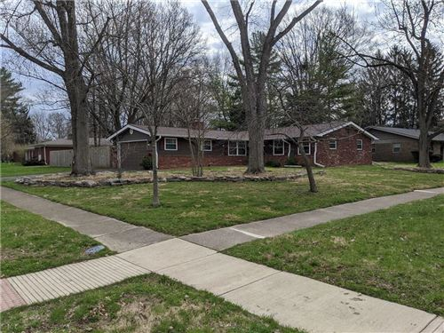 Photo of 8249 Hoover Lane, Indianapolis, IN 46260 (MLS # 21703513)