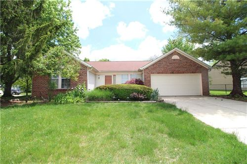 Photo of 5951 Portillo Place, Indianapolis, IN 46254 (MLS # 21712514)