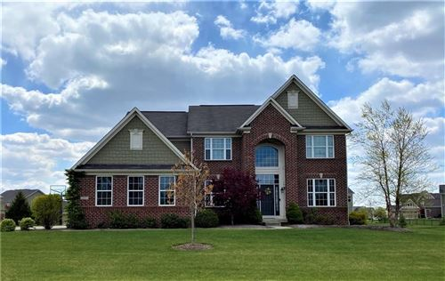 Photo of 1219 Colinbrook Circle, Greenwood, IN 46143 (MLS # 21779516)
