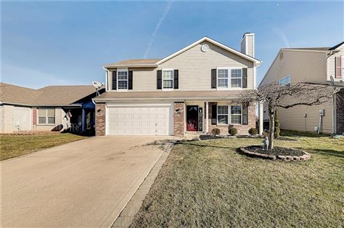Photo of 5827 LONG RIDGE Place, Indianapolis, IN 46221 (MLS # 21761518)