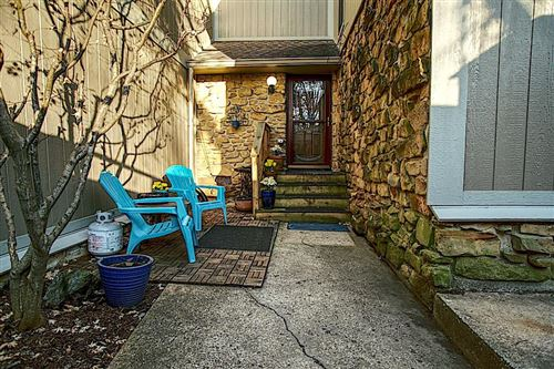 Photo of 4215 Foxglove Trace, Indianapolis, IN 46237 (MLS # 21689519)