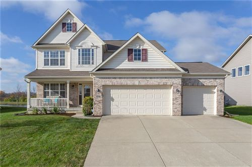 Photo of 1332 GLENEAGLE Drive, Indianapolis, IN 46239 (MLS # 21749519)