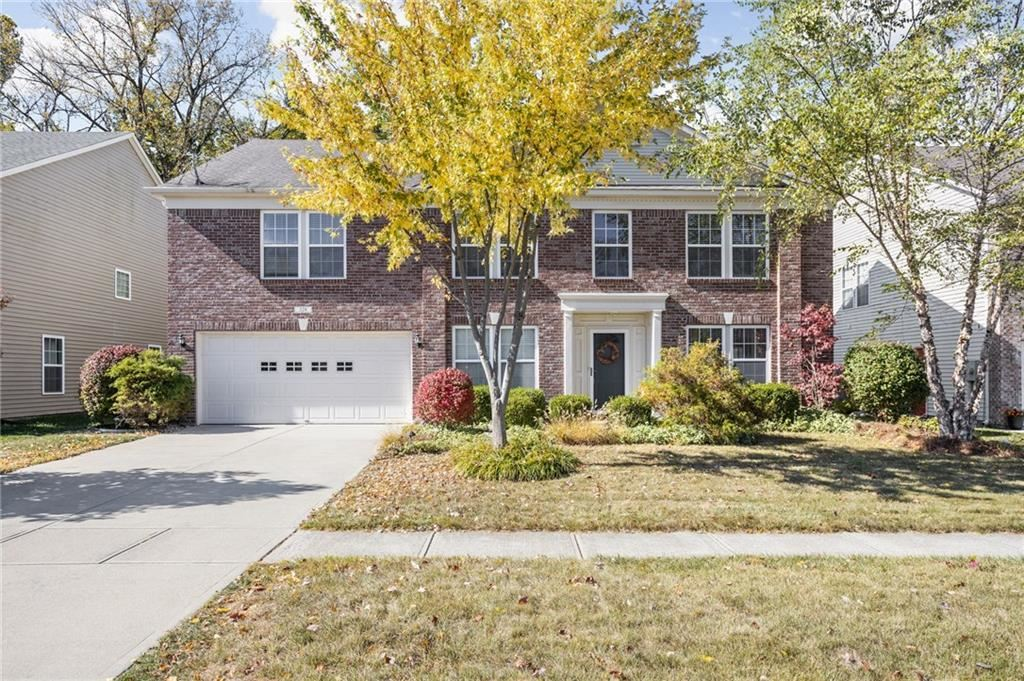 Photo for 328 Legacy Boulevard, Greenwood, IN 46143 (MLS # 21745521)