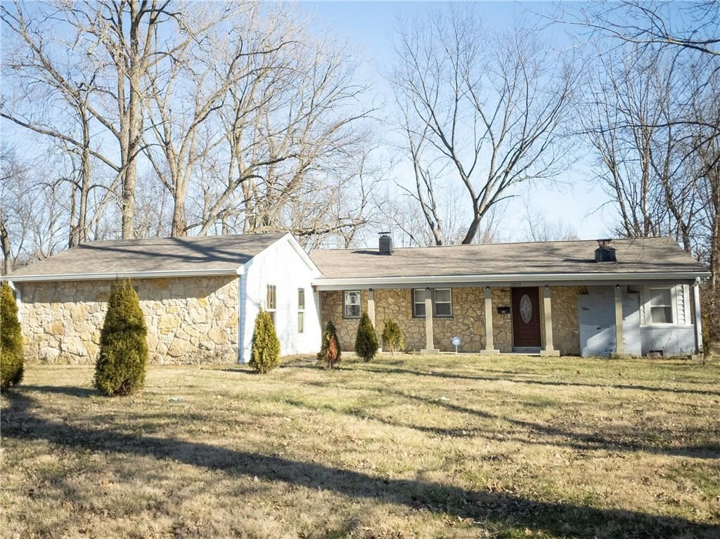 3833 North Hawthorne Lane, Indianapolis, IN 46226 - #: 21761521