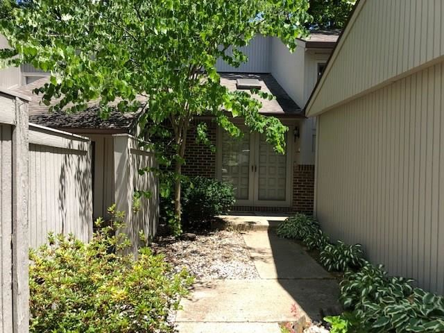 61 Osage Court, Columbus, IN 47201 - #: 21718523