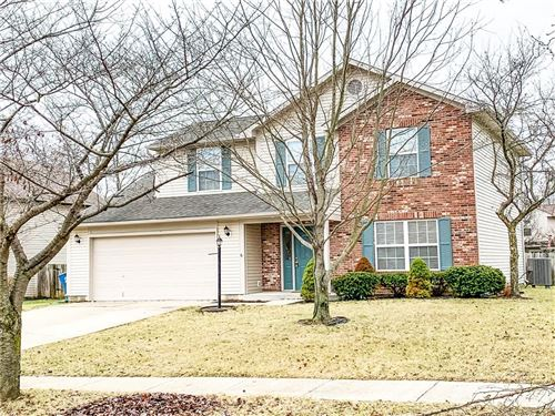 Photo of 5901 Darby Circle, Noblesville, IN 46062 (MLS # 21686526)