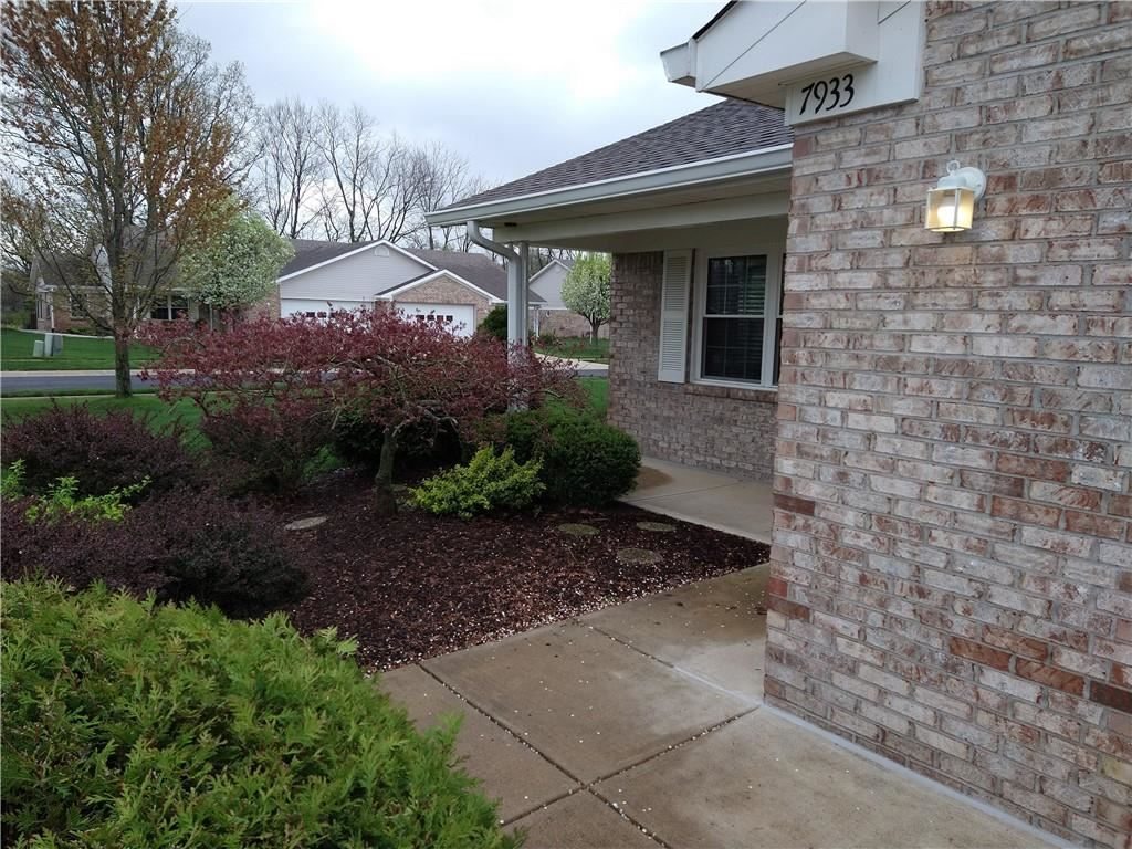 Photo of 7933 Park Ward Place, Indianapolis, IN 46259 (MLS # 21777528)