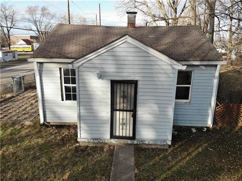 Photo of 1402 Knox Street, Indianapolis, IN 46227 (MLS # 21762530)