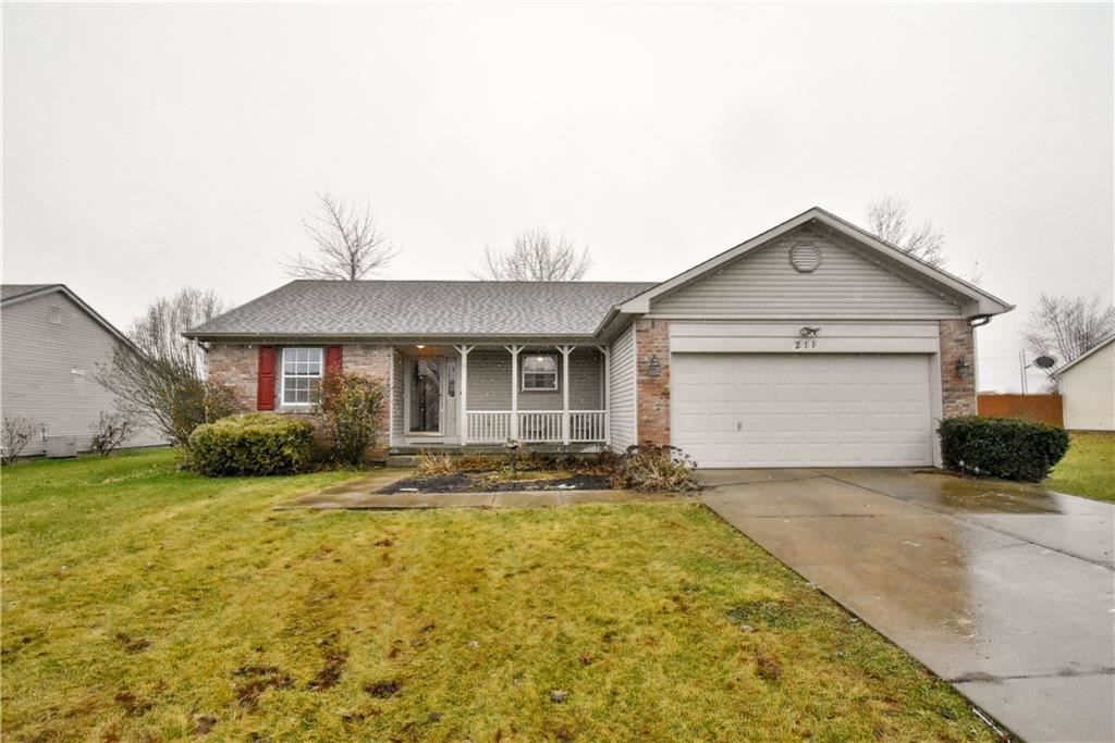 211 Bear Story Court, Greenfield, IN 46140 - #: 21685530