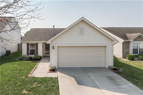 Photo of 791 Tall Timber Drive, Greenwood, IN 46143 (MLS # 21812531)