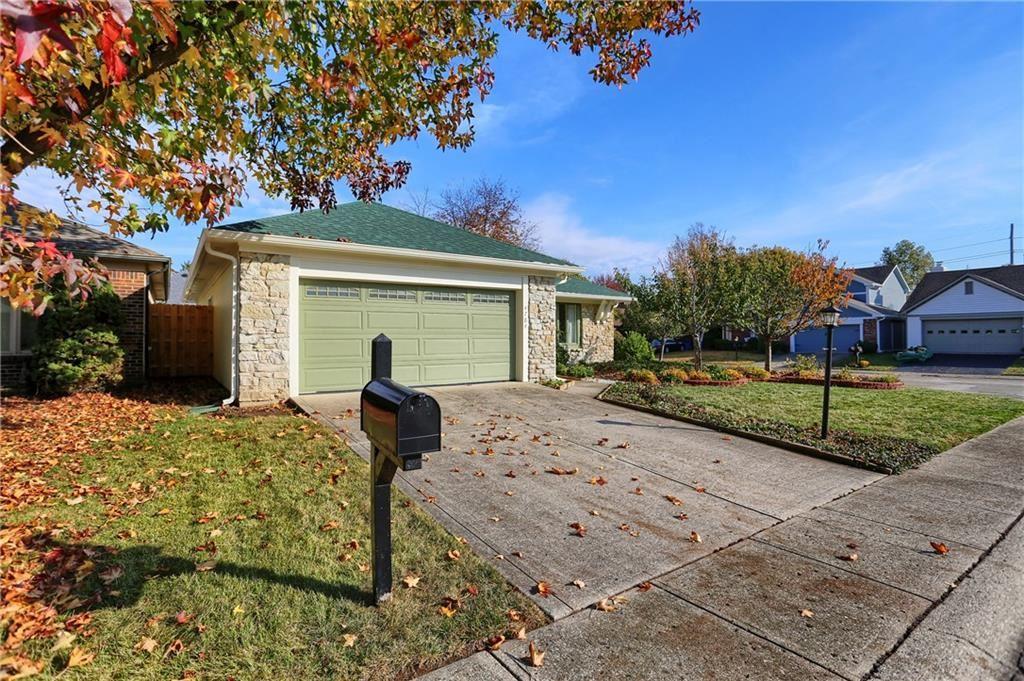 Photo of 4784 Bishopsgate Drive, Carmel, IN 46033 (MLS # 21745535)